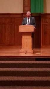 President Keim announces his transition to students during Chapel at Hesston Mennonite Church.